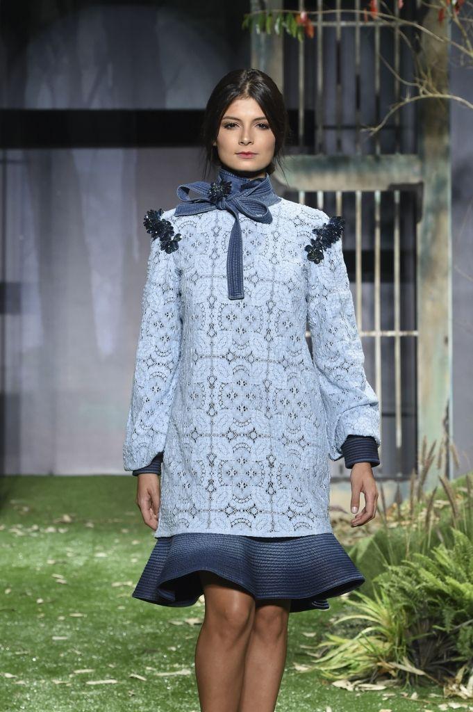 """Pasarela Neutrogena """"Descubre que es posible"""" by Renata Lozano #Colombiamoda2016 #pasarela #moda #look #diseñadora"""