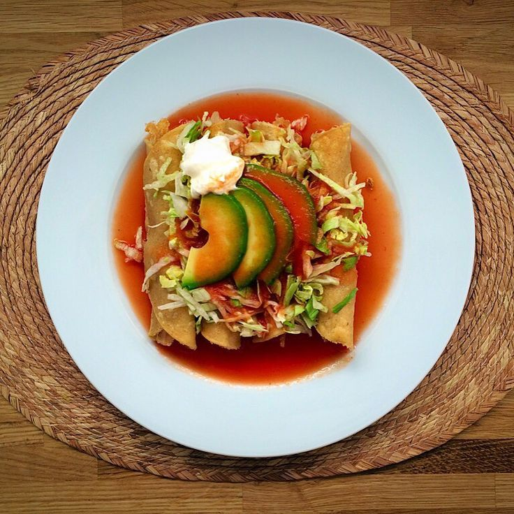 Tacos Dorados de Pollo con Salsa de Jitomate (Chicken Fried Tacos with Tomato Salsa) | Mexican Food Memories