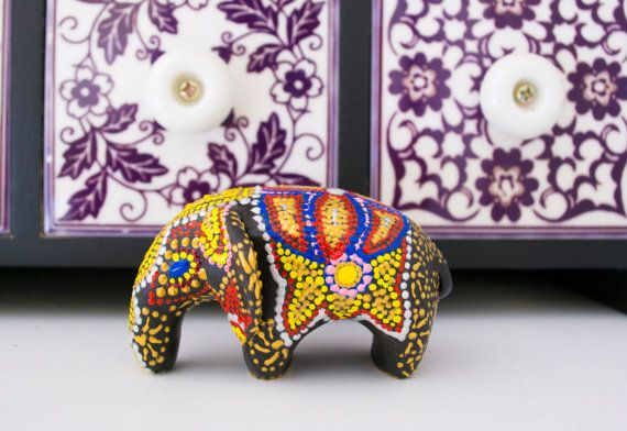 Elephant Sculpture Point Drawing by by WingedHedgehogDream on Etsy