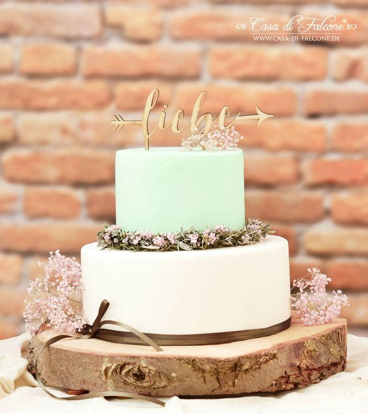 "Rustikaler Cake Topper aus Holz mit dem Wort ""LIebe"""