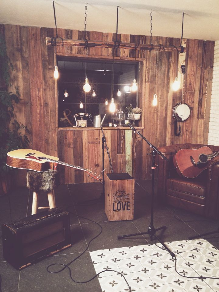 Interior Design by David & Grace #design #romania #studio #music #decor #interior #wood #bulb #DIY #vintage #recuperate
