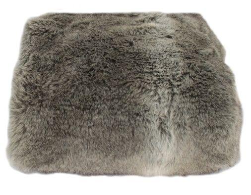 Bont is een stuk huid van een behaard dier.