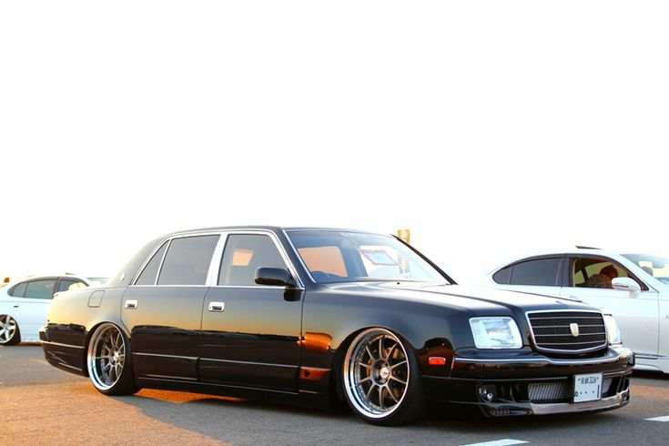 Toyota Century - the Rolls Royce of Japan