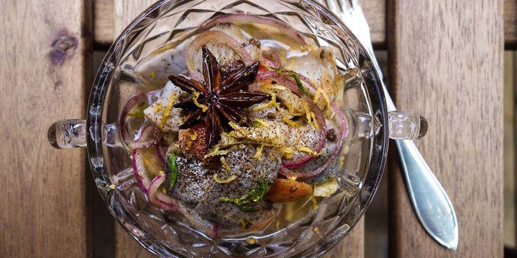 Ett enkelt inläggningsrecept med klassiska smaker som fänkål och citron varvat med lakrits