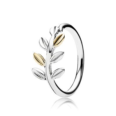 The laurel leaf is traditionally associated with peace and protection and the two-tone ring is an elegant depiction of the evergreen plant. $80 #PANDORA #PANDORAring #PANDORAaw14