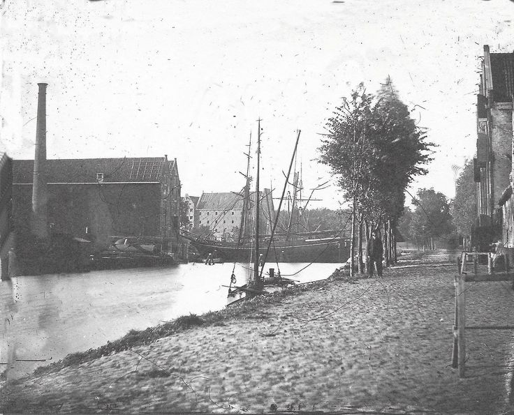 Amsterdam, Zoutkeetsgracht, richting Smallepadsgang (sinds 1875 Planciusstraat). Jacob Olie 1860-1870.