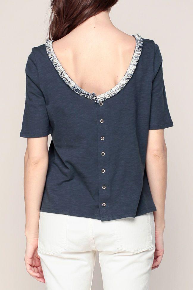 T-shirt bleu nuit boutonné encolure frangée Frangines 4