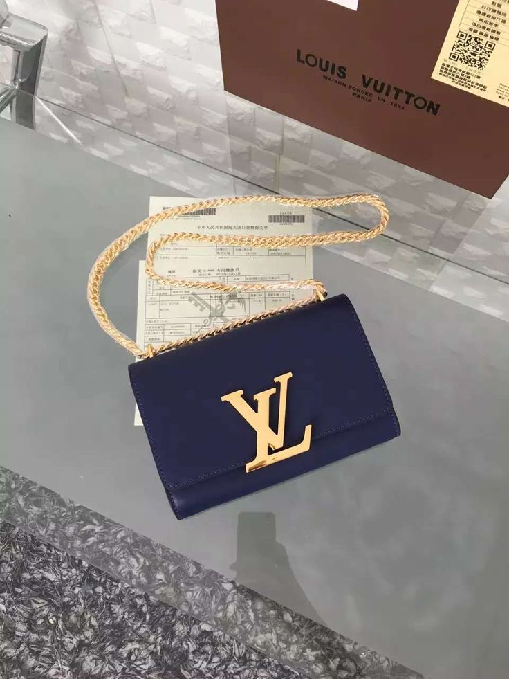 executive summary for louis vuitton The realreal — the fashion site that sells secondhand gucci and louis vuitton  — wants to raise a new $100 million investment.