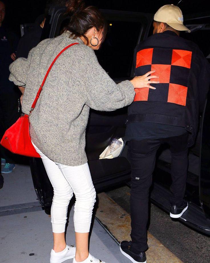 @selenagomez and @theweeknd leaving Nobu in New York [September 3]  #SelenaGomez y #TheWeeknd saliendo de Nobu en Nueva York [Septiembre 3]  #SelenaGomez #Selena #Selenator #Selenators #Fans