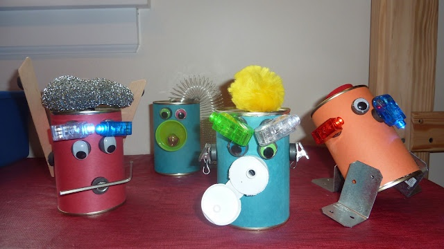 Everything and nothing: Activities for Preschool: R as in robot or variations on a theme for a children's party