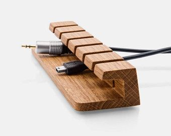 die besten 25 kabel verstecken ideen auf pinterest kabel verstecken kabelb nder verstecken. Black Bedroom Furniture Sets. Home Design Ideas