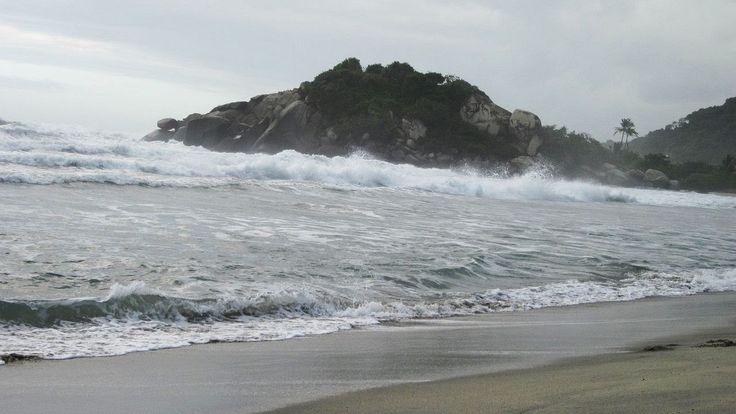 VIDEO | Arrecifes Beach | Tayrona National Park, Colombia | #travel #Colombia | Gallery @ https://www.flickr.com/photos/haluzman/albums/72157635926196636