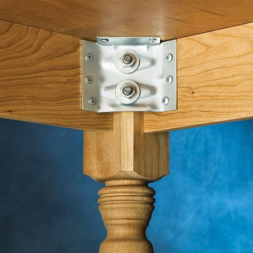 This is what I was looking for, how to attach legs and skirting to a table or desk top.