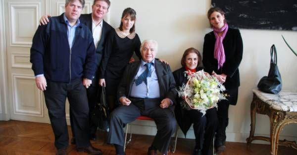 Michel Galabru : Jean, Emmanuelle et Philippe... Qui sont ses trois enfants ? Check more at http://people.webissimo.biz/michel-galabru-jean-emmanuelle-et-philippe-qui-sont-ses-trois-enfants/