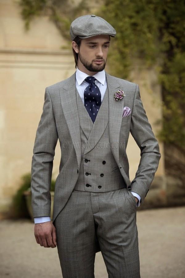 2015 Vintage Grey Mens Suits Peaked Lapel Wedding Suits For Men Groom Tuxedos For Men One Button Three Piece Suit Jacket+Pants+Vest+Tie Suits For Wedding Groom Tux For Wedding From Anniesbridal, $114.64| Dhgate.Com #menssuitsvintage #menweddingsuits