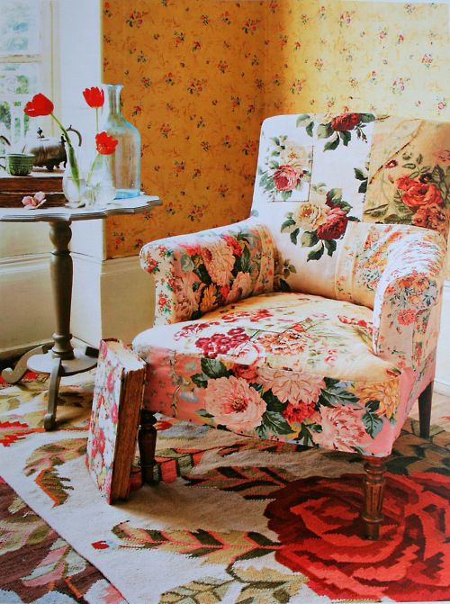 Best 25 Floral Sofa Ideas On Pinterest Floral Couch