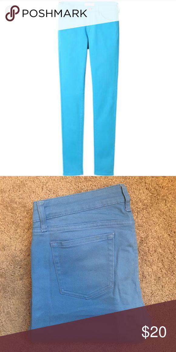 "Uniqlo Bright Blue Jeans / Pants Size 26, fits more like 27. Straight leg. 32"" inseam. 98% cotton, 2% elastane. Uniqlo Jeans Straight Leg"
