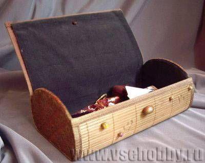 шкатулка ручной работы из бамбуковой салфетки вид изнутри