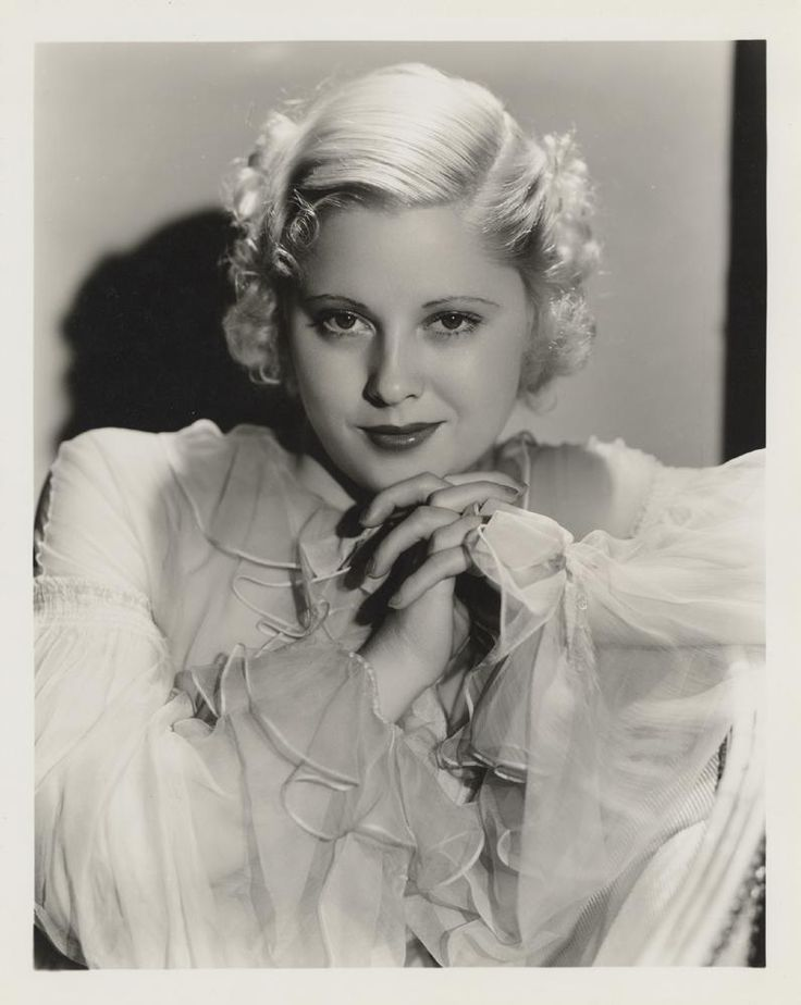 Today the oldest still living film actress of renown who Who is the oldest hollywood actor still alive