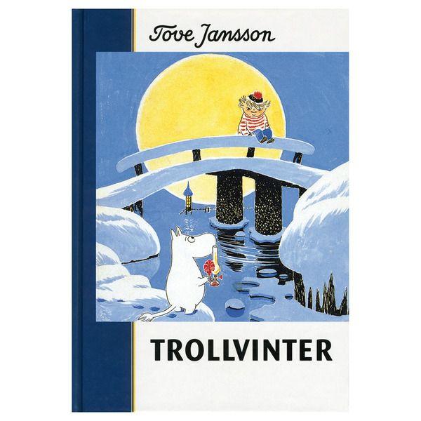 Det är inte lätt att vakna ur sitt vinteride i januari och inte kunna somna om. Mumintrollet var det första mumintroll som nånsin upplevt vintern, och i början var han förfärligt ensam i det sovande huset. Men så småningom befolkades hans dal med vinterns hemlighetsfulla varelser. Den här boken handlar om hur han försökte klara sig med dem och den främmande iskalla värld han ramlat in i.
