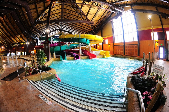 splashdown pool at kahuna laguna indoor water park north conway nh kahuna laguna pinterest