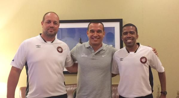 Sportstec Brazil team member @cesarandrade4 with Lucas Oliveira and Gustavo Fragoso atleticopr # CopaSP2015