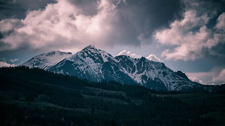 Clouds over the mountains  http://5kwallpapers.com/wall/clouds-over-the-mountains  #clouds #mountains #nature #sky