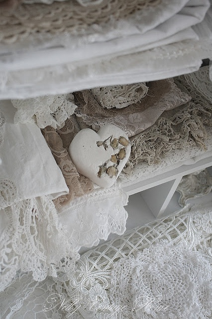nelly vintage home ~ lace eye candy