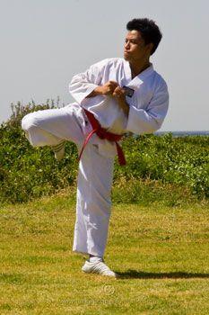 how to improve your taekwondo kicks