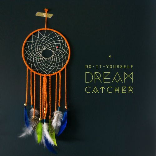 Jax has been telling me all about his dreams lately…it was time make his very own dream catcher. He picked out everything, from the yarn color, feathers down to the little pink bead! I know what you are thinking…this looks way too hard. Well it is actually pretty simple…no glue necessary!WHAT YOU WILL NEED:yarnfeathersbeadsthread (book-binding thread works well)plastic or metal hoopscissorsINSTRUCTIONS:1. Gather your supplies…everything can be found at your local craft store.2. Wrap yarn…