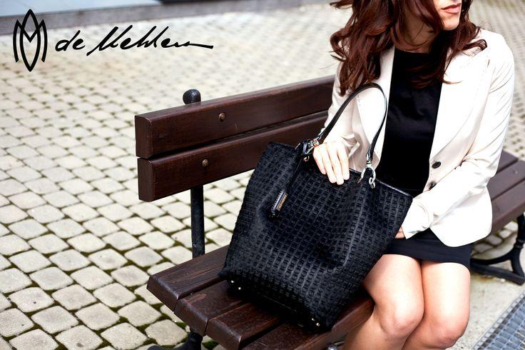 Staranne, ręczne wykonanie, każdy detal przyciąga wzrok... Czy wiesz, że możemy wykonać torebkę, torbę lub akcesoria specjalnie na Twoje zamówienie?  De Mehlem stawia na wyjątkowość!