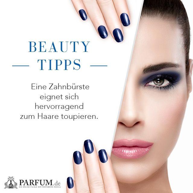 Beauty Tipp: Eine Zahnbürste eignet sich hervorragend zum Haare toupieren! Schon ausprobiert? Folgt uns für mehr praktische Beauty Tipps