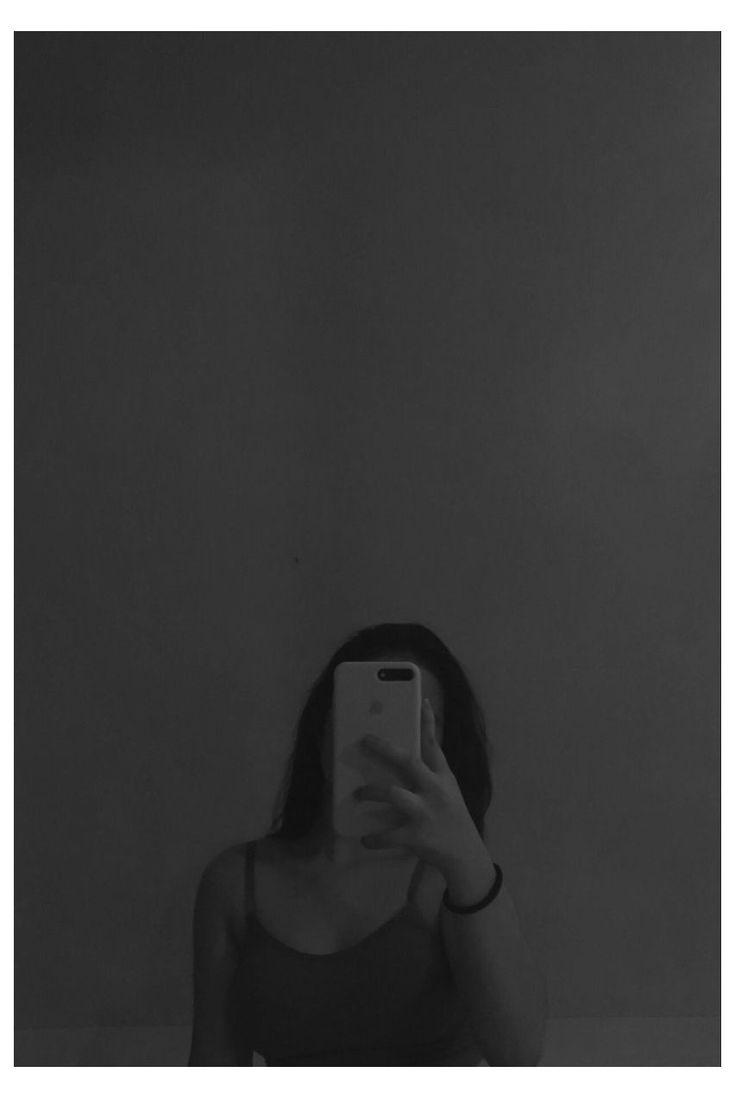 bathroom mirror selfies | Bathroom selfies, Mirror selfie