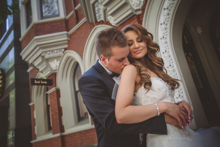 We are providing Affordable wedding photo packages in Melbourne, Australia. You can hire our professional photographer to capture your wedding memories.