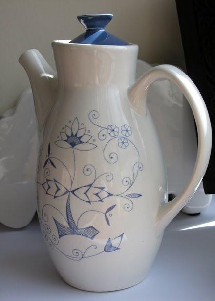 Beautiful coffee pot marked 'Stavangerflint Norway'