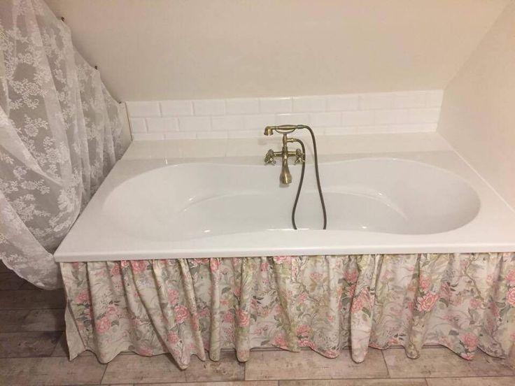 Moja ukochana wiejska łazienka, od pierwszej płytki po ostatnią firankę. Jestem dumna:)