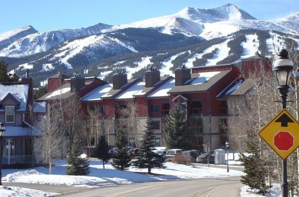 Breckenridge, CO -Upscale 3BR/2BA ski condo. Available January 2015!