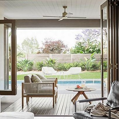 Indoor-Outdoor-dining-table-cafe-Satara-Australia