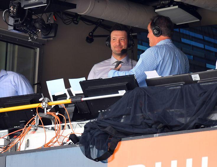 Listen to Tony Romo brilliantly break down Tom Bradys pre-snap communication on touchdown pass