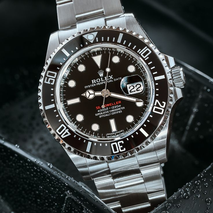 Rolex premiered its first divers' watch, the Submariner, in 1953. The Sea-Dweller, which followed in 1967, had a nearly identical design. But since it was made for professional divers, it had an even more pressure-resistant case and a helium valve developed by Rolex. Rolex released a new model in 20