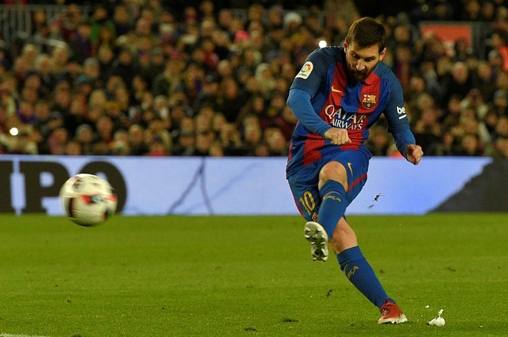 Messi must be handed new deal  Suarez   Barcelona (AFP)  Barcelona striker Luis Suarez has hit back at comments by the clubs CEO that the Catalan giants wont go crazy when negotiating a new contract for five-time World Player of the Year Lionel Messi.  Barca CEO Oscar Grau said on Wednesday that a new deal for Messi who has 18 months left on his current deal was being negotiated with common sense and discretion.  With Messi what you have to do is give him a new contract not have common sense…