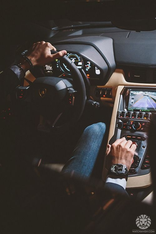 Love the boxing steering wheel, you know what I mean