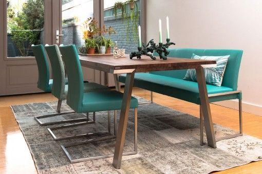 De #BertPlantagie Seven #eetkamertafel vormt een mooie combinatie van een houten blad met een RVS frame. De Seven is hiermee een modern en strak ontwerp. Voor het blad van deze Bert Plantagie Seven #tafel kunt u kiezen uit verschillende materialen. #GilsingWonen #wooninspiratie