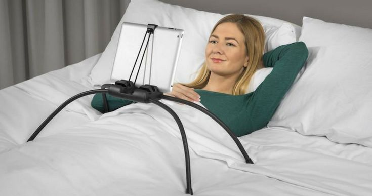 The iPad isn't the most convenient device to use when you're relaxing on your couch or on the bed. That's why you need a handy tablet stand like tablift.