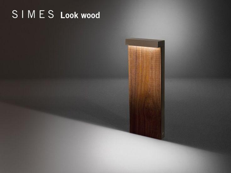 LOOK WOOD Bolardo luminoso Colección Look Wood by SIMES diseño Matteo Thun