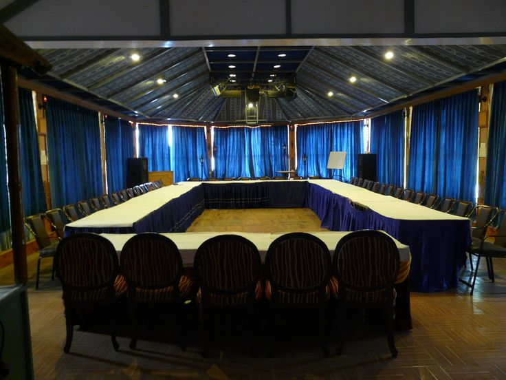 Snow King Retreat is located close to the Great Himalayan Nature Park and offers facilities like internet, conference hall, multi-cuisine restaurant. For conferences and meetings we offer special per person. #Conference #SKR #SnowKingResorts #Hotel #Shimla