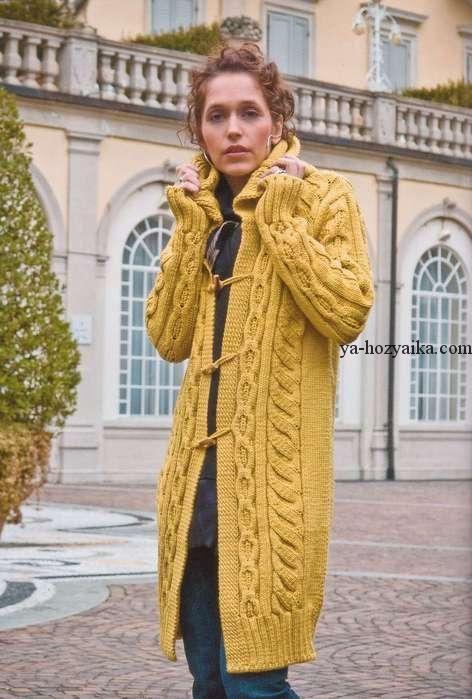 Желтое пальто от Zara. Модное пальто спицами с капюшоном