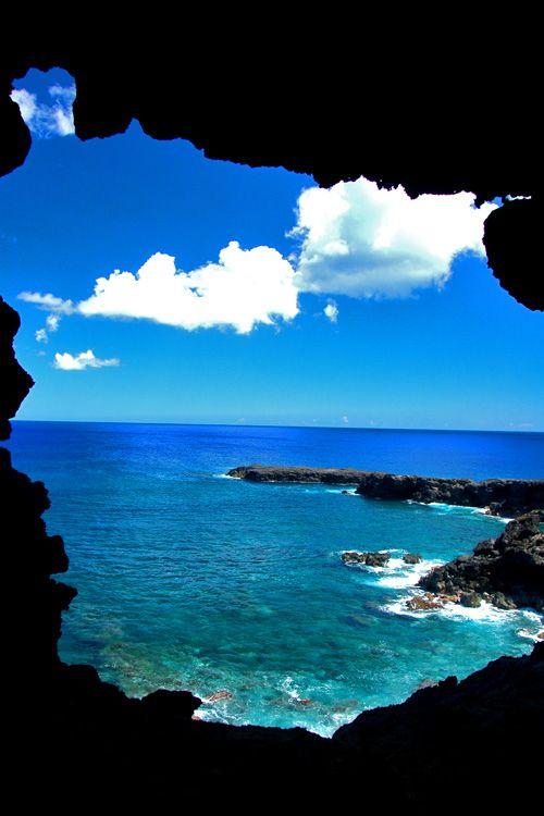 Rapa Nui Cueva Dos Ventanas