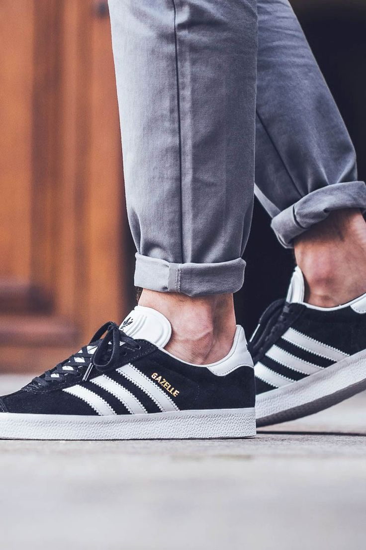mens adidas gazelle black and white