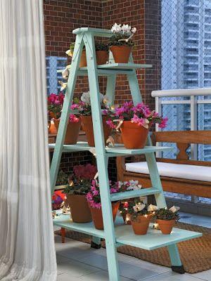 Escada floreira